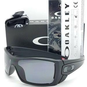 Oakley Sunglasses Grey Polarized Lens